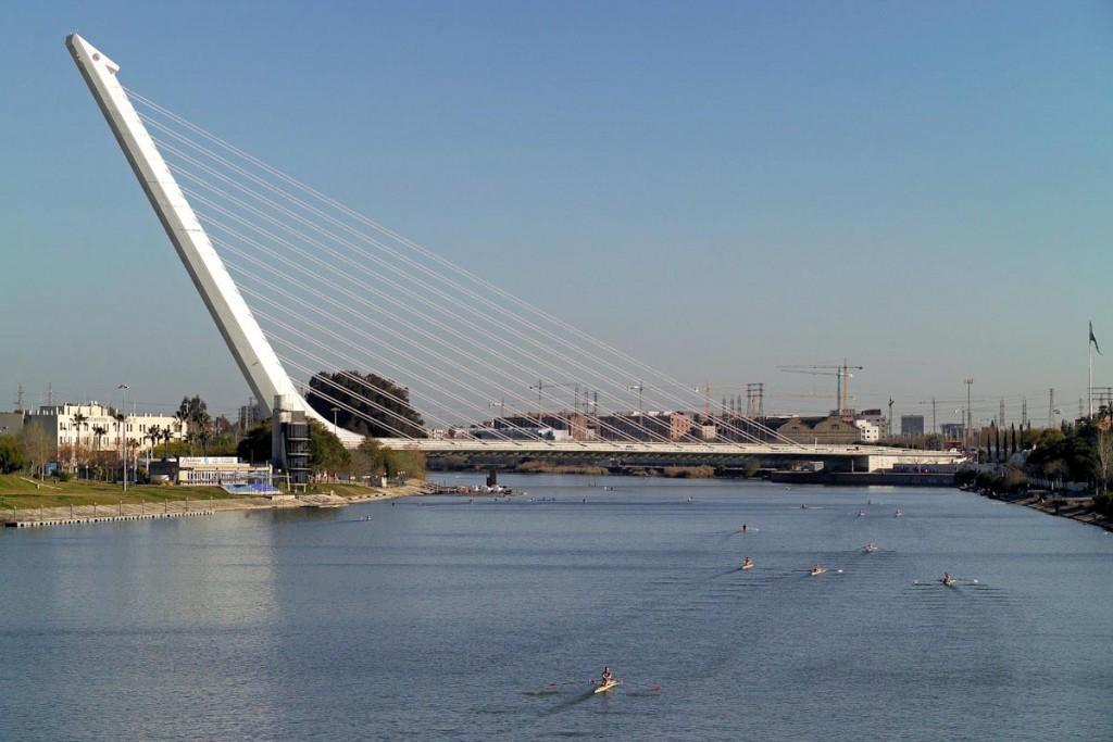 Kiến trúc cầu Alamillo - kiến trúc sư Santiago Calatrava