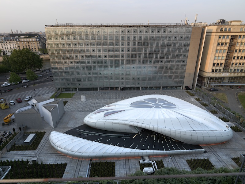 Kiến trúc  Viện Nghiên cứu thế giới Ả Rập