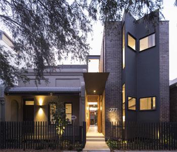 Thiết kế nhà phố 2 mặt tiền phong cách hiện đại ở Sydney