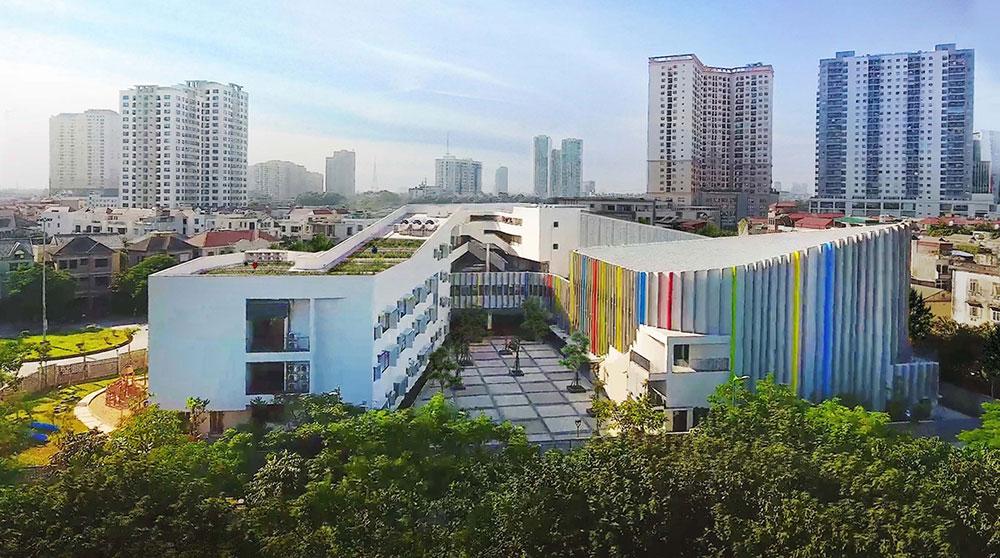 Thiết kế Trường học liên cấp 5 tầng với tạo hình zíc zắc độc đáo